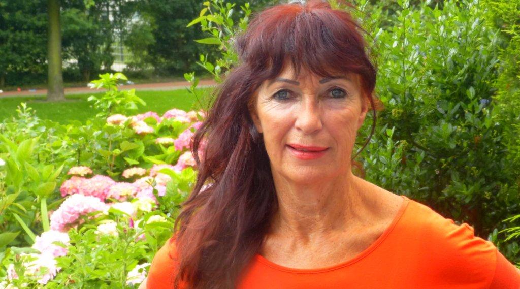 Annette van Hagen en Eilandcoaching yoga Texel en Hilversum